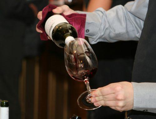 Diferencias entre un sumiller, un catador de vinos y un enólogo